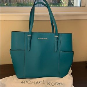 Michael kors extra large jet set tote in teal